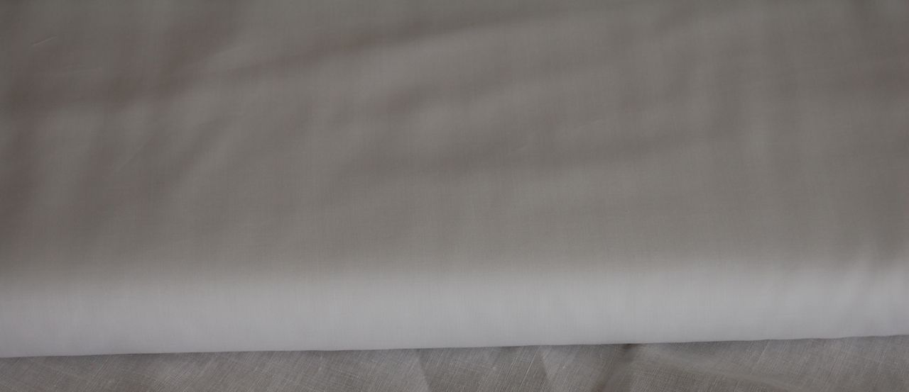 Swiss Batiste Nelona - White