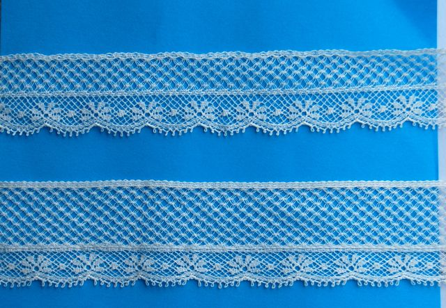 """Lace Snowflake Champagne Edging -1 1/8"""""""