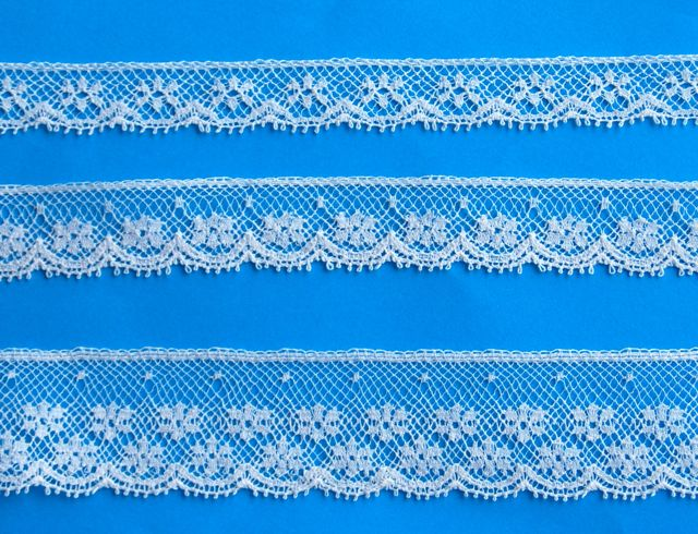 """Lace Snowflake Champagne Edging - 3/8"""""""