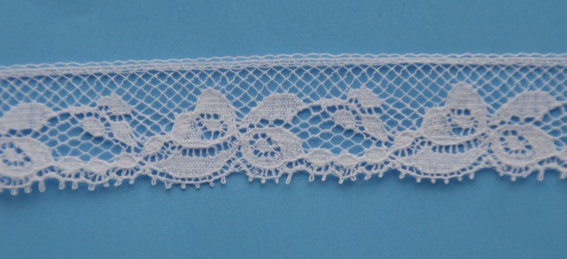 Lace Edging - 4 yards