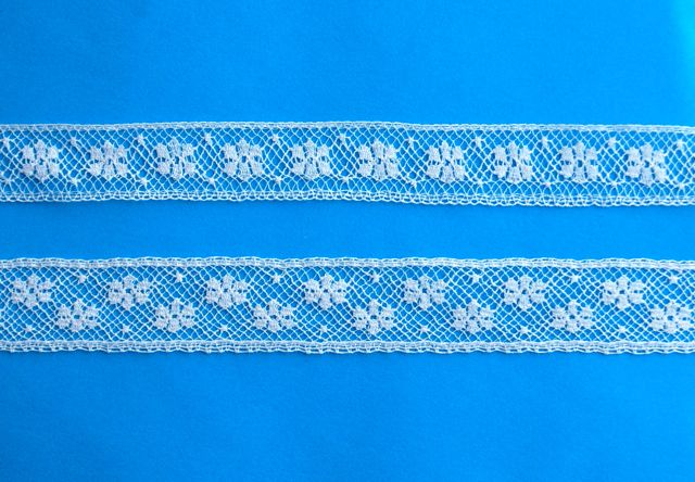 Lace Snowflake Champagne Insertion - A