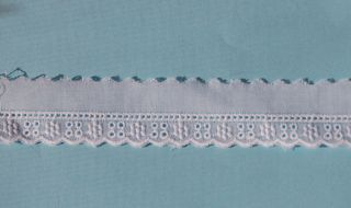 Swiss Edging - Narrow with Entredeux C